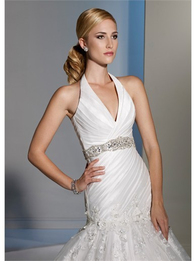 Bridal Fashion: Would You Wear Wedding Dresses With Sashes ...